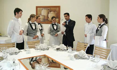 Профессия администратор ресторана