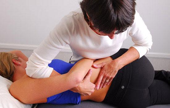 Мануальная терапия при остеохондрозе поясничного отдела